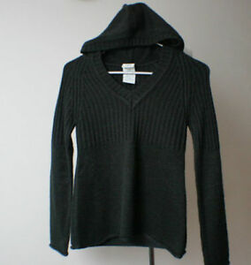 Womens/youth quality long sleeve tops (brand new)