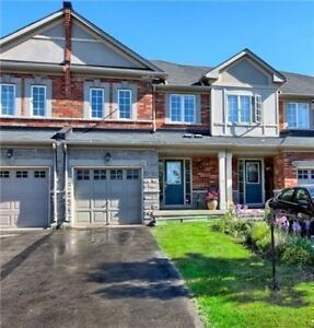 Stunning townhouse in Vaughan - finished walkout basement!