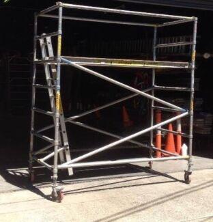 Mobile aluminium scaffolding hire