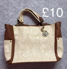 handbags and purse