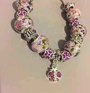 Brand new - 15 charm snake chain bracelet Edmonton Edmonton Area image 3