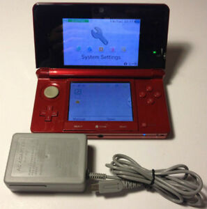 *****NINTENDO 3DS ROUGE + JEUX A VENDRE / RED NINTENDO 3DS + GAMES FOR SALE*****
