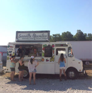 FOOD TRUCK - WORKING CONDITION - LOOKING TO SELL ASAP