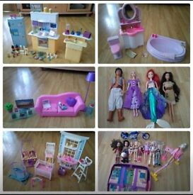 Bundle Barbie/Bratz and Disney dolls with accessories and furniture.