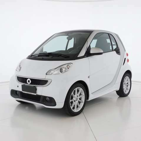 Smart forTwo fortwo 1000 52 kW MHD coupé Urbanrunner
