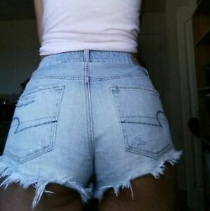 Distressed American Eagle Outfitters Jean Shorts ligh blue !