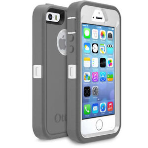 Apple Iphone 5s 16GB UNLOCKED, SILVER, Ottercase included