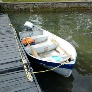 Great 12 ft fishing boat, 6 hp Evinrude motor, no trailer