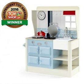 Plum Farmhouse Kitchen Wooden Role Play Kitchen BRAND NEW SELLS FOR OVER £120