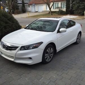 2011 Honda Accord EX-L Coupe (2 door)