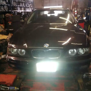 1998 BMW 5-Series 528i Sedan PARTS OUT
