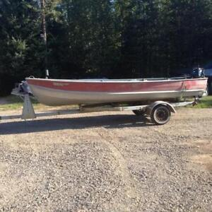 1980's Boat and Trailer with Outboard Motor