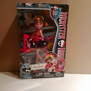 BNIB Monster High Draculaura Cambridge Kitchener Area image 1