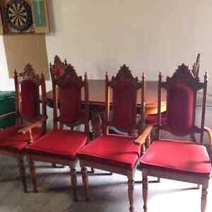 Dining room table, 6 chairs, leaf x2