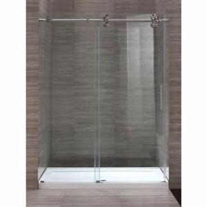 New shower stall made of tempered glass / Douche en verre trempé