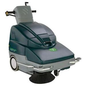 "Tennant (Nobles) 28"" Walk-Behind Sweeper - PRICED RIGHT!"