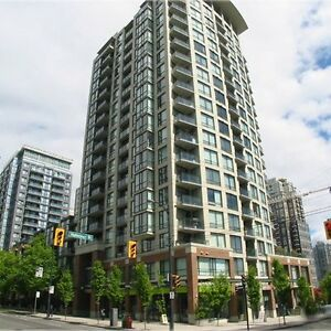 $2300 / 1br - 720ft2 - Newly Renovated 1 Bed+1 Den Unfurnished A