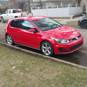 MUST SELL - 2016 Volkswagen Golf GTI Hatchback