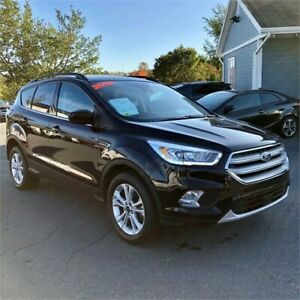 2018 Ford Escape SEL w/leather interior/navigation/sunroof