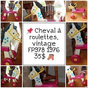 Cheval vintage #FP978 décoratif ou utilitaire 1976 / 35$