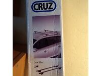 CRUZ SR+135 Roof Bars - New in box