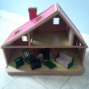 Calico Critters dollhouse with furniture