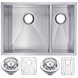 Double Bowl Stainless Steel Kitchen Sink 70/30 Évier (new 660$)