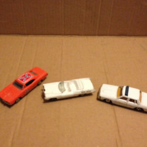 Ertl dukes of hazard 3 carsmint condition  General lee London Ontario image 1