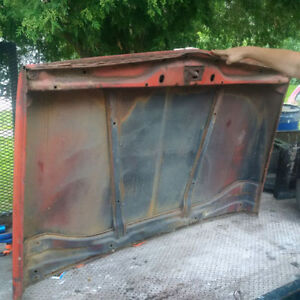 Topper for sale off 2000 Serra Chevrolet,1970 Chevy Truck Hood London Ontario image 3