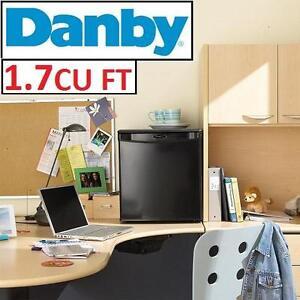 NEW DANBY 1.7 CU FT COMPACT FRIDGE - 111296272 - REFRIGERATOR - BLACK -1.7 CUBIC FEET