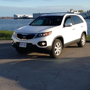 2012 Kia Sorento LX, fwd with 6 speeds manual transmission