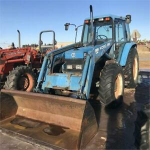 New Holland 6640 with Loader