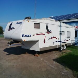 Today Only, 2004 Jayco 30ft 5th Wheel, $5,5