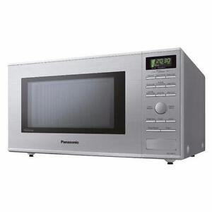 LG,INSIGNIA,PANASONIC microwaves like new in a box starting $79