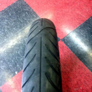 USED Avon Venom-X Motorcycle Tire, 100/90-19