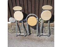 breakfast / bar stools