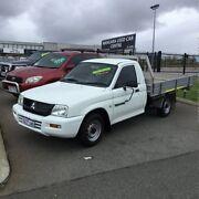 2005 Mitsubishi Triton MK MY05 GL White 5 Speed Manual Cab Chassis Wangara Wanneroo Area Preview