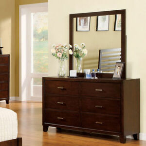 BRAND NEW!! HARDWOOD SOLIDS,BROWN FINISH,6 LARGE DRAWERS DRESSER