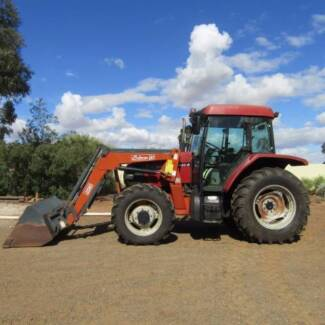 Tractor International CX80 with Front End Loader Barossa Area Preview