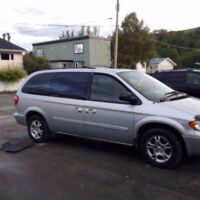Dodge Caravan 2007 Stow and Go, low KMs AND PRICE
