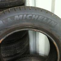 205/65R15 MICHELIN PRIMACY 8/32  $200.00 pour les 4 pneus