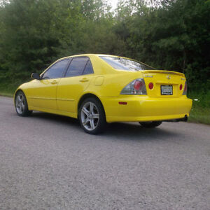01 Lexus IS IS300 *Runs Great, Well Maintained* $2800 FIRM