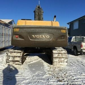 PHONE CALLS ONLY / 2006 VOLVO 460 EXCAVATOR LOW HRS / CLEAN UNIT