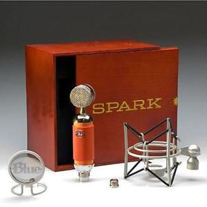 Blue Microphone model Spark