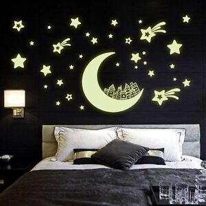 Fashion Luminous Moon and Star Pattern Wall Sticker For Bedroom