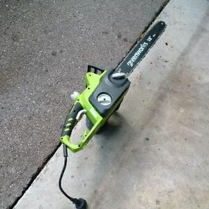 Greenworks 14.5 Amp Electric Chainsaw