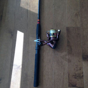 Total Tackle Fishing Rod/Reel Red