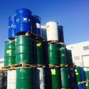 55 Gallon Metal Drums & Barrels / Barils en Metal 55 Gallons
