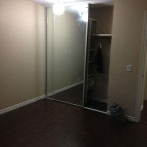 Large room for rent available now Edmonton Edmonton Area image 5