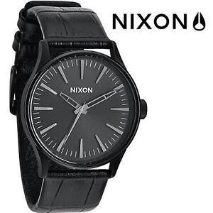 NEW NIXON SENTRY 38 LEATHER WATCH - 111718144 - Analog Display Black Gator Watch